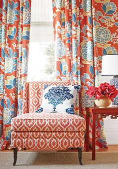 Beautiful Designs at Thibaut and Anna French - Classic Casual Home Salons Cottage, Decor Room, Family Room, Upholstery, Sweet Home, New Homes, House Design, Interior Design, Room Interior