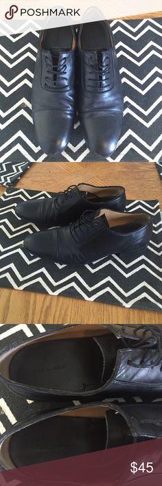 Zara man black dress shoes Worn once! Black Zara dress shoes. Good simple leather shoe perfect for dressing up. Zara Shoes Oxfords & Derbys