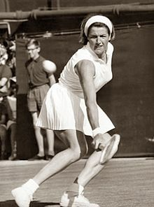 Margaret Smith - Australia - winner from 1960 to 1969 to 1973 - 11 times Australian Tennis, Australian Open, Tennis Australia, Tennis Videos, Professional Tennis Players, Star Wars, Olympic Champion, Opera Singers, Wimbledon