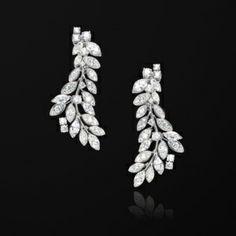 White gold Diamond Earrings G38LF200 - Piaget Luxury Jewelry Online