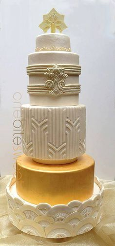 Gatsby Go Wedding Cake