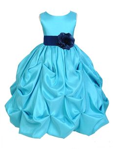 The elegant bodice feature is made out of Pool Blue Satin Taffeta. The waistline is decorated with a removable Choice of Color Taffeta Sash and Flower to make this dress more elegant. The back of the dress has a zipper closure and a nice bow you can tie for a snug fit. | eBay!