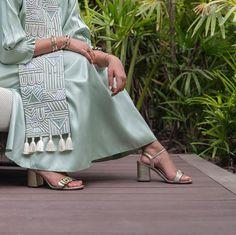 Ready to wear pieces available at the store✨ Iranian Women Fashion, Arab Fashion, Muslim Fashion, Modest Fashion, Boho Fashion, Fashion Dresses, Fashion Design, Mode Abaya, Mode Hijab