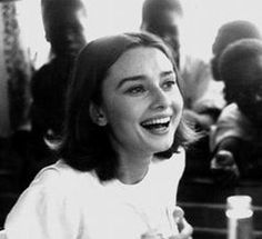 Audrey Hepburn, Fashion Icon, Beauty Icon