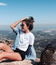 •Pinterest : @vandanabadlani• Fashion, image, outfit, street style, hipster, teen, body goals, Pretty Beauty, girl, girly, hair, makeup, love, icon, eyelash, brows, hairstyle, nails, fashion, style, girl inspiration, gorgeous people, image, cute, lush, life  Bff goals, best friend, girl friends, travel, love, image, cute, lush, life ,