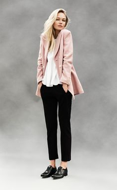 Strong and soft Early Spring, Worship, Normcore, Strong, How To Wear, Collection, Fashion, Woman, Beginning Of Spring