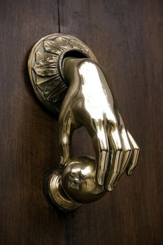 Home accentsDoor knobs and knockersThe way to fairytale land way to fairytale land 222 creative door knockers with an antique look and interesting shapescreative door knocker wrought iron tree leaf wooden doorHome Accents Door Door Knobs And Knockers, Knobs And Handles, Door Handles, Door Knockers Unique, Cool Doors, Unique Doors, Door Furniture, Minimalist Home, Hardware