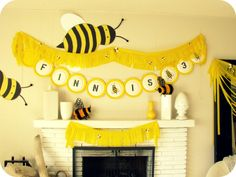bumble bee party   yellow-bumble-bee-party-diy-decorations.jpg
