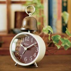 *かわいい目覚し時計*テーブルクロック ALCOTT オルコット