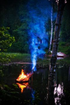 Mökki and midsummer bonfire