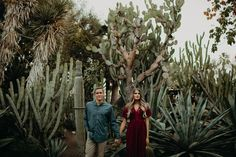 Smiling Like the Sun – A Dreamy Desert Engagement Session