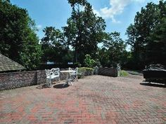 Single Family For Sale With 4 Bedrooms, 3 Full Bath, 1 Half Bath, Sq. Ft. 3878 , Nassau, Old Westbury