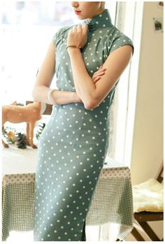 Green Dots Ankle-Length Linen Cheongsam / Qipao Dress