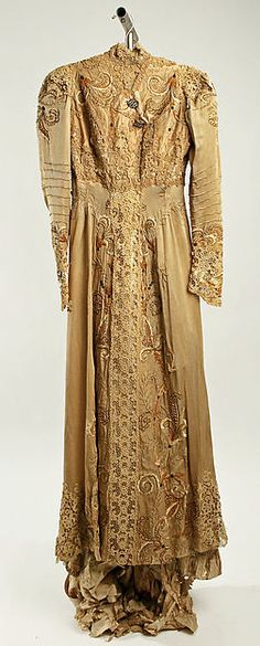 Dress Design House: Callot Soeurs  Date: 1900 Culture: French Medium: silk, metal thread Accession Number: 35.134.11