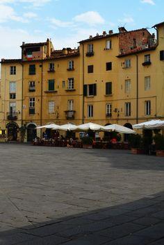 Piazza Anfiteatro - Lucca - Italy #lucca #piazza #piazzaanfiteatro #italy #italia #toscana #tuscany