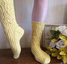 Smocked Leaves Socks