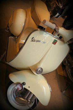 All things Lambretta & Vespa, well all things if they are pictures. (and perhaps the odd other thing that catches my eye from time to time including occasional adult content! Scooters Vespa, Vespa Bike, Piaggio Vespa, Lambretta Scooter, Scooter Motorcycle, Motor Scooters, Motor Car, Vespa Gtv, Scooter Scooter