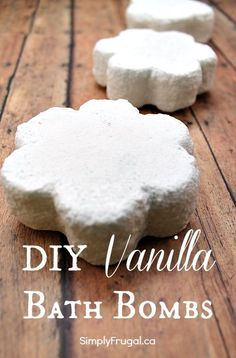 Today's homemade Christmas gift is a simple but fun one to make!  DIY Vanilla Bath Bombs!  The thing I love about this gift is that you can customize the scent to the person you're gifting it to.  Maybe the recipient would prefer peppermint or lavender...