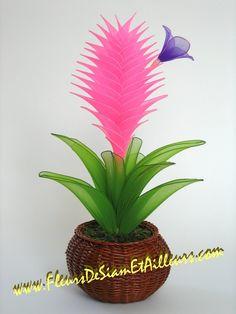 Tillandsia Cyanea Plus Nylon Flowers, Diy Flowers, Fabric Flowers, Paper Flowers, Flower Crafts, Flower Art, Nylon Crafts, Copper Wire Art, Ribbon Projects