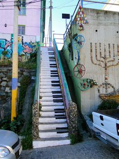 Wonderfully painted stairs from around the world. The piano is from Valparaiso, Chile