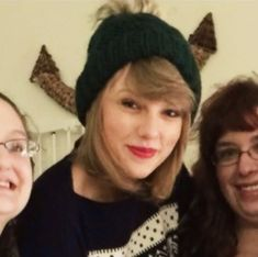Taylor Alison Swift, Taylor Swift Pictures, Taylor Swift Songs, Taylor Taylor, Fetus Harry Styles, Swift 3, Youre My Person, Rare Photos, Favorite Person