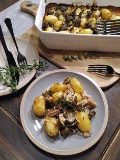 PASTU domov: Zapečené houby s bramborami a slaninou Potato Salad, Stuffed Mushrooms, Potatoes, Chicken, Meat, Ethnic Recipes, Stuff Mushrooms, Potato, Cubs