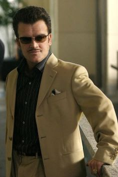"""Marshall Flinkman (Kevin Weisman) in disguise in Episode """"The Awful Truth"""" Season 4 ...Alias"""