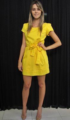 Yellow Dress Summer, Casual Summer Dresses, Trendy Dresses, Short Dresses, Frock Fashion, Fashion Dresses, Saree Jacket Designs, Summer Dress Patterns, Yellow Fashion