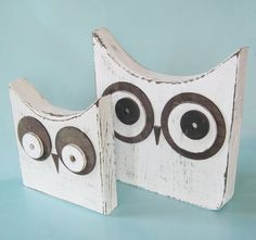 """scrap wood owls.. Omg, I so want to make these! I love owls! @Stephanie Crowley - what if i cut up that """"princess"""" board and make these! omg how cute!"""