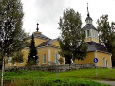 Maksamaan kirkko Finland, Cathedral, Mansions, Architecture, House Styles, Home Decor, Historia, Arquitetura, Decoration Home
