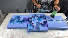 Canvas Art Projects, Canvas Painting Tutorials, Diy Canvas Art, Flow Painting, Pour Painting, Diy Painting, Acrylic Pouring Art, Acrylic Art, Diy Resin Art