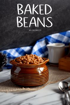 You won't believe how easy it is to make baked beans from scratch. This Maple Baked Beans is the perfect recipe. via # Baking beans Homemade Quebec Maple Baked Beans Baked Beans Crock Pot, Easy Baked Beans, Slow Cooker Baked Beans, Homemade Baked Beans, Beans In Crockpot, Baked Bean Recipes, Beans Recipes, Crockpot Dishes, Crockpot Recipes