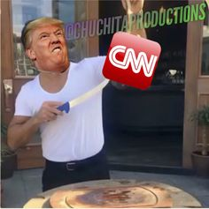 Donald Trump VS CNN 👱🏽⚔️📺 #SCROTUM
