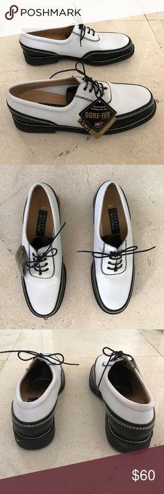 Stuart Weitzman Women's Golf Shoes Brand new, authentic Stuart Weitzman women's golf shoes. Immaculate condition! Size 9.5 B Stuart Weitzman Shoes Athletic Shoes