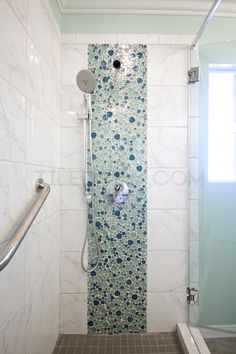 Iridescent Pebble Glass Mosaic - Bathroom Installation Shower concept with shower accent stripe and white tile Beach House Bathroom, Mosaic Bathroom, Beach Bathrooms, Glass Mosaic Tiles, Master Bathroom, Bathroom Canvas, Blue Mosaic, Neutral Bathroom, Glass Bathroom