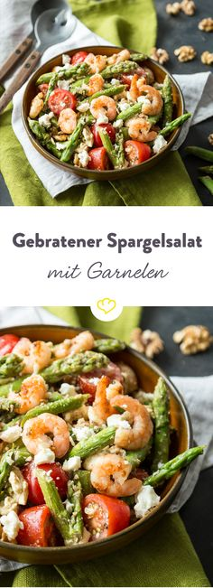 Gebratener Spargelsalat mit Garnelen und Feta Enjoy the asparagus season to the full! From green asparagus is together with cherry tomatoes, shrimp and feta in a spring-fresh salad. The special – the creamy balsamic reduction on top. Good for kneeling. Asparagus Fries, Asparagus Salad, Shrimp Salad, Pasta Salad, Seafood Salad, Shrimp Ceviche, Seafood Pasta, Shrimp Recipes, Grilling Recipes