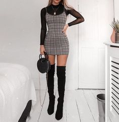 14 New Year's Eve Party Outfits That Are So Trendy Clothes New Year's Eve Party Outfit Ideas Winter Fashion Outfits, Look Fashion, Fall Outfits, Summer Outfits, Winter Party Outfits, Halloween Outfits, Party Fashion, Dresses For Winter, Ladies Fashion