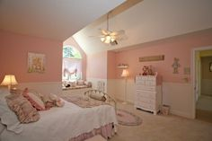 Oh my!  Look at how spacious and cute this room is. Love it!