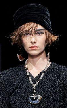 Giorgio Armani Pre-Fall 2020 Collection - Vogue