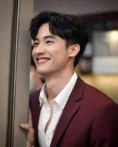 Boyfriend Photos, Boyfriend Goals, Hot Asian Men, Asian Boys, Handsome Actors, Handsome Boys, Lee Tae Hwan, Theory Of Love, Thai Drama