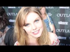 Nell Hudson Interview - Outlander (Starz)