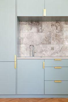 How To Choose The Best Hardware In Interior Design #luxurykitchenmodern