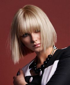 A Medium Blonde straight bob coloured defined-fringe womens haircut hairstyle by Robert Kirby Bob Hairstyles With Bangs, Hairstyles Haircuts, Straight Hairstyles, Cool Hairstyles, Blonde Hairstyles, Bob Haircuts, Blonde Bob With Bangs, Medium Blonde Hair, Medium Hair Styles