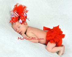 2 pc OUTFIT: Red NEWBORN Baby girls ruffle bloomers & Feather Bow Set, red ruffle bloomers, ruffled shorts, red tutu, Christmas outfit
