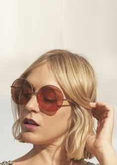 Chloe Sevigny in cute circle sunnies