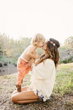 giving mom kisses. #bohemian ☮k☮ #boho via | www.hippieshope.com