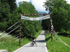At the start of Monte Zoncolan