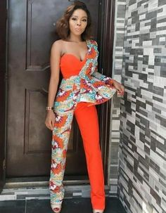 Gorgeous Ankara Jumpsuit Styles 2019 There are several cute ways to slay Ankara Trousers/pants watch this video to see the stunning ways, also find out how to rock your jumpsuit this summer. African Print Jumpsuit, Ankara Jumpsuit, African Print Dresses, African Dress, African Fashion Ankara, Latest African Fashion Dresses, African Print Fashion, Africa Fashion, Nigerian Fashion