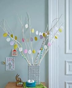 Easter Decor with Washi Tape. Easter Garland, Diy Garland, Easter Decor, Washi Tape Crafts, Diy Crafts, Happy Easter Bunny, Cosy Christmas, Coloring Easter Eggs, Diy For Kids