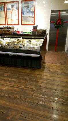 Next time you're in Seattle check out Beechers Cheese, so good. Featured throughout their store in Bellevue is our Canyon Collection Fir flooring in our Big Horn color.